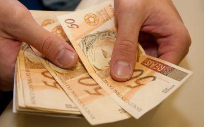 Prefeitura envia para Câmara projeto que prevê aumento de salário para servidores municipais