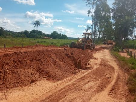 Parceria com Dakila Pesquisar na recuperação de estradas do Boa Sorte