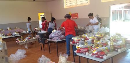 Escola do Taboco realiza entrega de atividades e ovos de páscoa